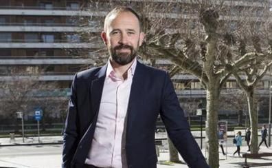Denis Itxaso: «Esta feria nos articula como mercado emisor de viajeros»