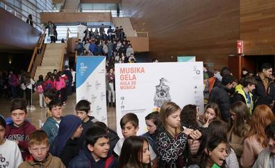 Unos 4.000 escolares se acercan a la música clásica de la mano de la OSE en el Kursaal