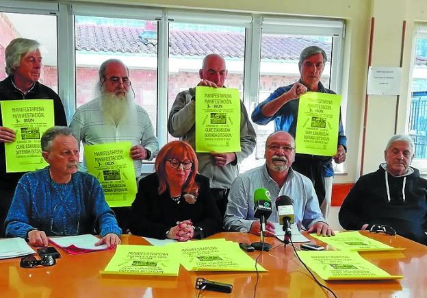 Convocantes. Miembros del Movimiento de Pensionistas. /  DE LA HERA