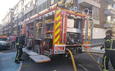 Un incendio en un garaje retrasa una hora la salida de la media maratón de Azkoitia-Azpeitia