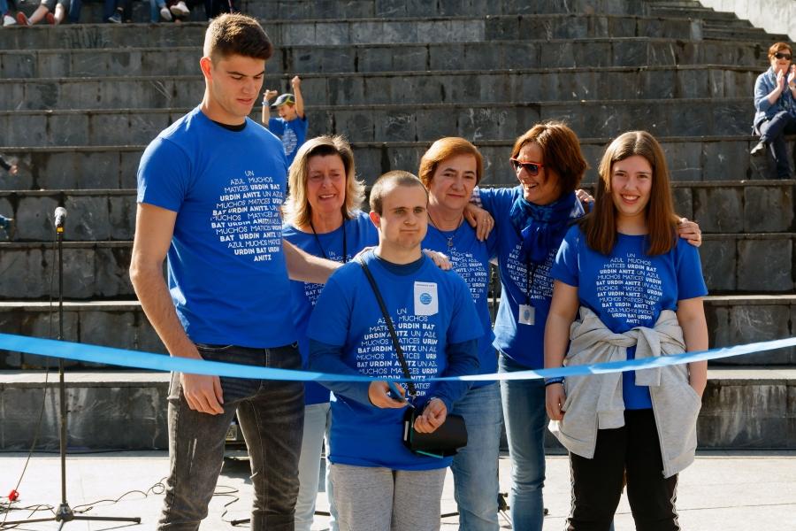 Marcha azul en Eibar