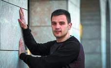 Danel Elezkano: «Hay que ser valientes, más aún ante dos grandes pegadores»