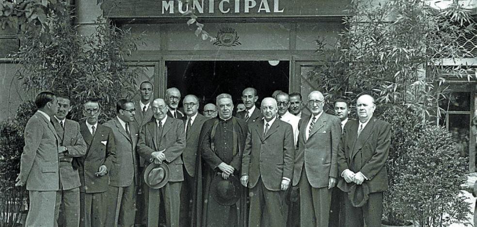 1879: «Recursos para el menesteroso» con la Caja de Ahorros Municipal