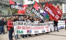 Los sindicatos de la enseñanza concertada rechazan desconvocar los paros y piden «gestos» a patronal y Educación