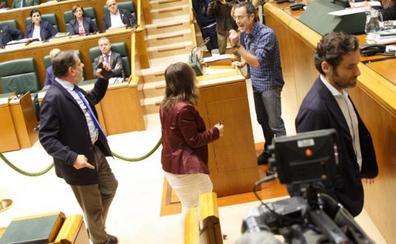Bronca histórica en el Parlamento Vasco en el debate de la ley de víctimas policiales