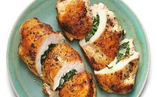 Pechugas rellenas de queso, espinacas y anchoas