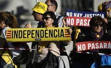 El Gobierno rechaza el referéndum aunque lo reclamen ocho de cada diez catalanes
