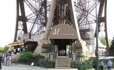 Los dos restaurantes de la Torre Eiffel se apuntan al 'bio'