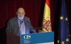 El presidente del CIS duda del desplome del PP