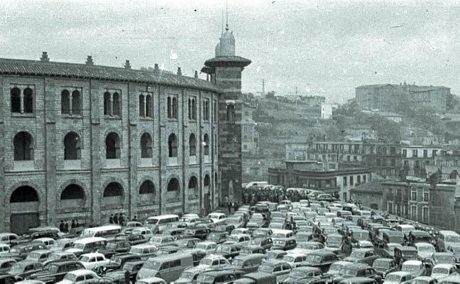 1974 | Una plaza de toros portátil para la primera Semana Grande sin el Chofre