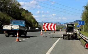 Las obras en la AP-8 en Irun se detienen para aliviar el tráfico de Semana Santa