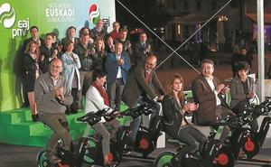 Ortuzar llama a «dar pedales» por Euskadi para «dejar atrás a la derechona»