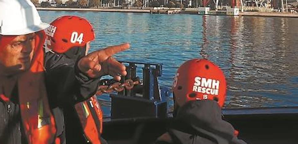 El 'Aita Mari' zarpa hacia Lesbos en una misión sanitaria