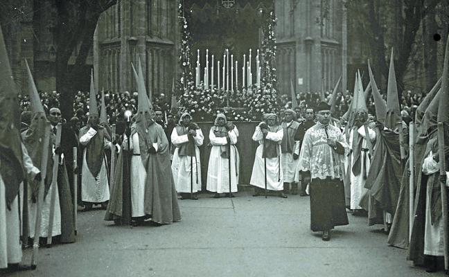 Nazarenos donostiarras en 1927