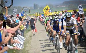La París-Roubaix, una odisea de 117 capítulos, busca vencedor hoy sobre el pavés