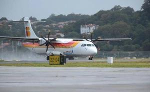 Air Nostrum cancela 8 vuelos en Hondarribia este lunes y el martes por la huelga de pilotos
