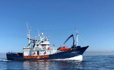 El 'Aita Mari' llega a Mallorca para tramitar los permisos pertinentes y viajar a Lesbos