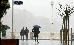 Aviso amarillo esta tarde en Gipuzkoa por lluvia intensa y temporal marítimo