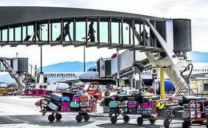 El aeropuerto de Bilbao afronta mañana la primera de las dos huelgas convocadas esta Semana Santa
