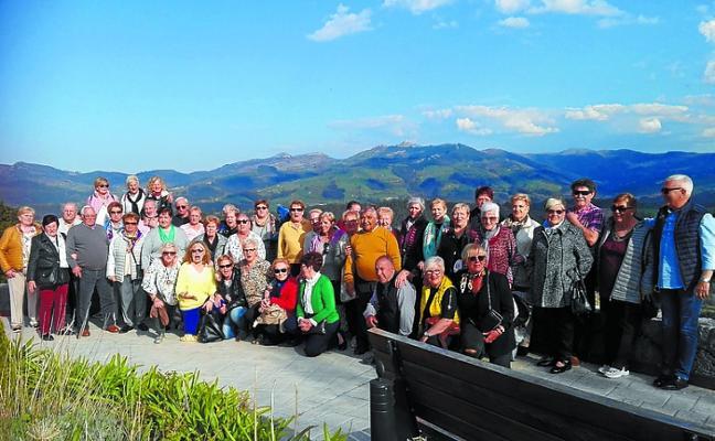 Los jubilados de Donibane visitaron Balmaseda