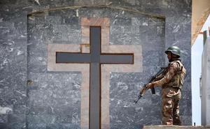 Un polvorín religioso fruto de una guerra civil que desangró el país durante 26 años