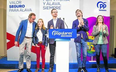 Alonso denuncia que el PNV prefiere al PSOE para volver al plan Ibarretxe