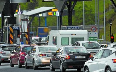 Las carreteras de Gipuzkoa se libran de un domingo de retenciones