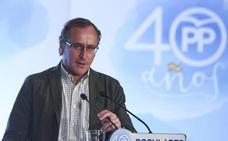 Alonso asegura que si el PSOE gana, Sánchez «liquidará» el Estatuto de Gernika