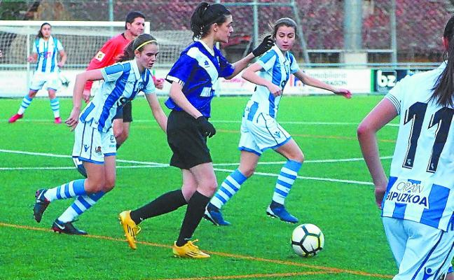 Animado fin de semana de fútbol en la zona deportiva de Mintxeta