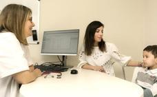 Álvaro, el niño curado de leucemia con una terapia personalizada
