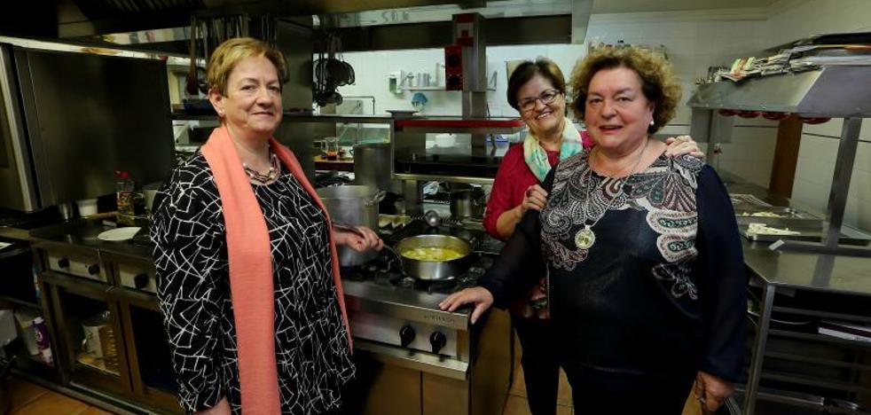 Las cocineras de Gipuzkoa marcan el ritmo de los fogones