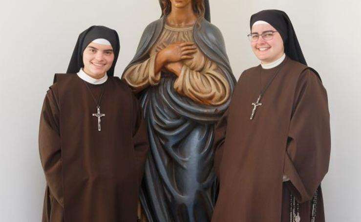 Arrate estrena monasterio Carmelita