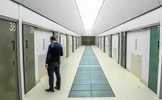 Un preso se introduce dos móviles y siete bolas de hachís vía anal en un vis a vis