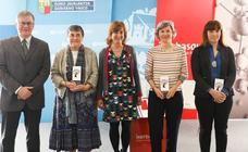 María Isabel Arriortua, Aitziber Lopez-Cortajarena eta Maia García Vegniory ikertzaileen lana aitortu dute