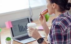 Almorzar frente al ordenador: las otras comidas de trabajo