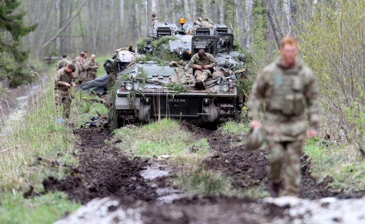 Práctica militar a gran escala