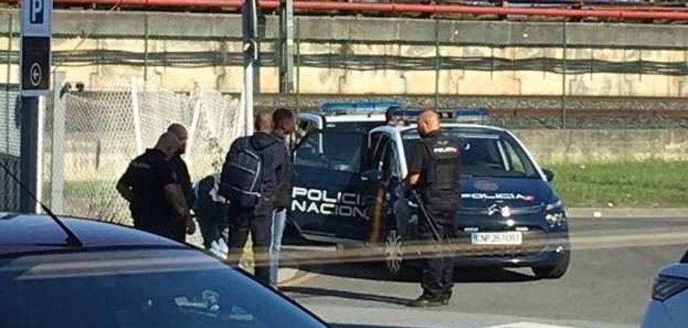 Condenan a un taxista de Donostia por transportar migrantes de Irun a Francia