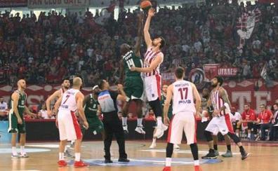 El Panathinaikos abandona la liga griega en protesta por «el terrorismo» del Olympiacos