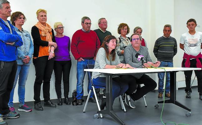 «Pedimos al Ayuntamiento que gestione directamente el bus urbano»