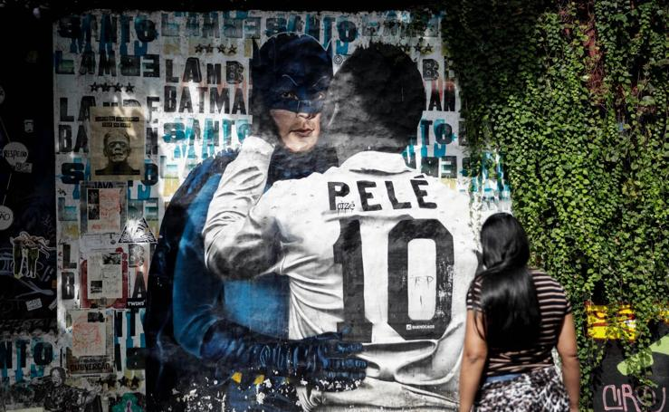 Grafitis en Sao Paulo, una de las sedes de la Copa América