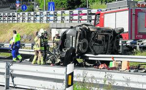Muere el conductor de un todoterreno tras un grave accidente en Bizkaia