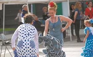 Triana invita este sábado a bailar por sevillanas en la Feria de Mayo