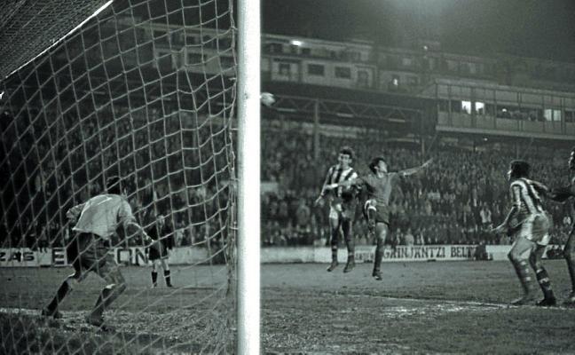 1969 | La Real juega en Atocha un sábado a la noche y se desata la polémica