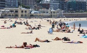 La temporada de playas llega a Gipuzkoa con relevo en su vigilancia