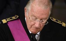 Multa de 5.000 euros diarios al rey Alberto II