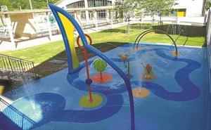 Los juegos de agua de las piscinas de Bergara abren el 14 de junio