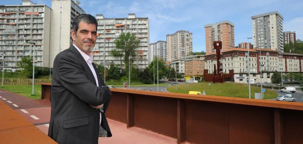 Eneko Goia, candidato del PNV: «En estos cuatro años Donostia ha dado un salto considerable y ha cambiado a mejor»