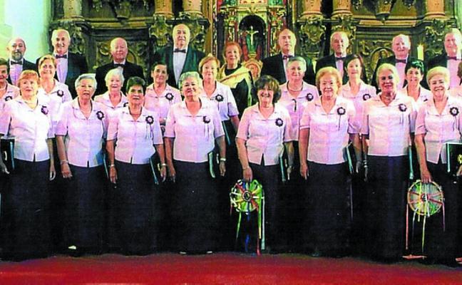 La coral cántabra de Alfoz actuará en un concierto, hoy en Los Franciscanos