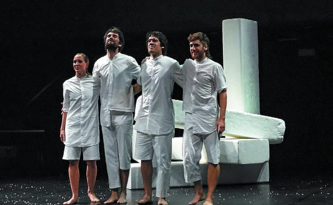 'Esku harriak: Oteizaren (h)aria', hoy en la Casa de Cultura de Bera