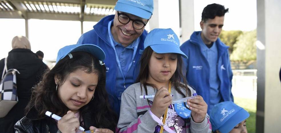 Voluntarios comprometidos con la infancia vulnerable
